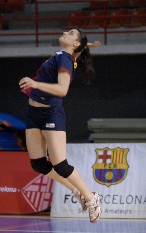 Derrota del volei femení contra el segon classificat (3-0)