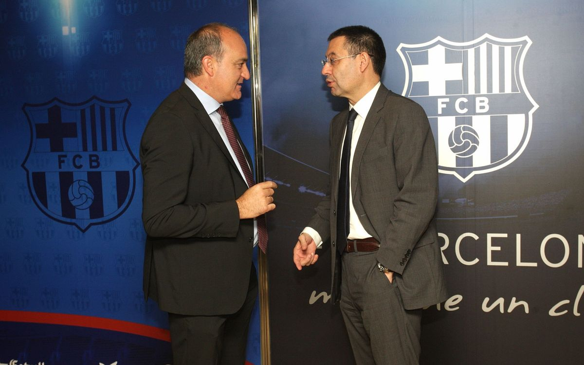 Josep Maria Bartomeu receives members of the Catalan Football Federation