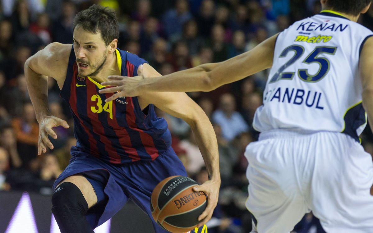 Anadolu Efes, first rival in the Top 16