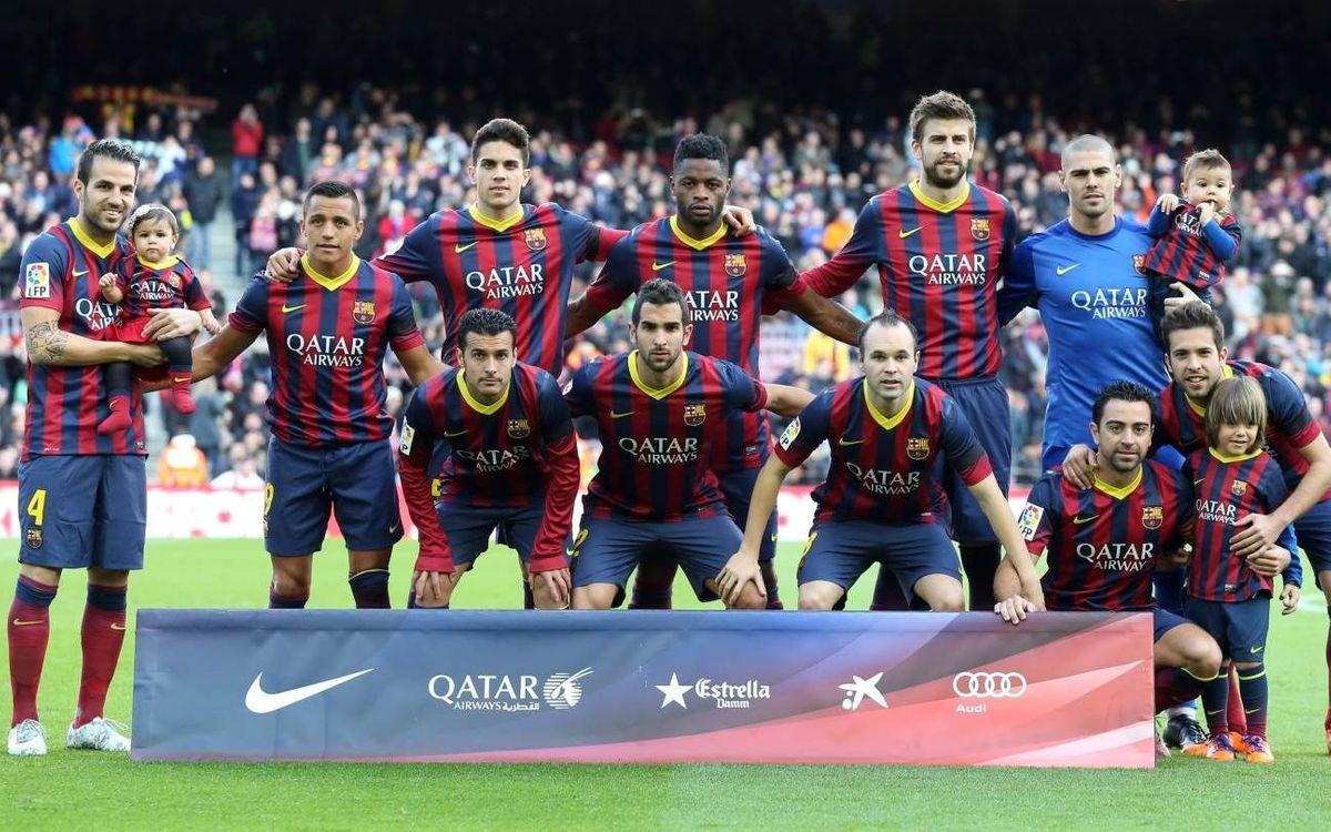 L'escalfament del Barça abans del partit contra l'Elx