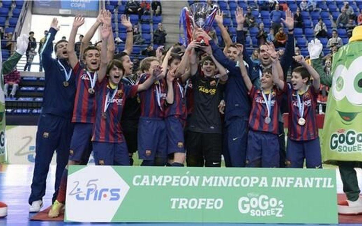 Els infantils culers es van proclamar campions de la Mini Copa
