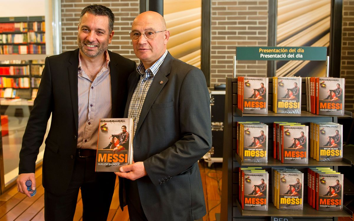 The first authorised biography of Leo Messi is released in Catalan and Spanish