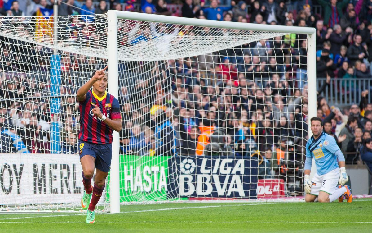 FC Barcelona v Elche: Alexis the Superstar (4-0)