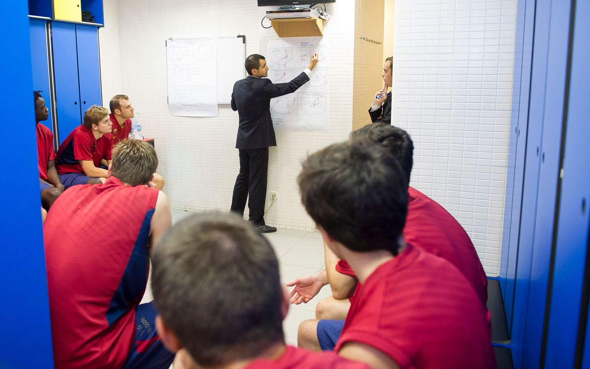 La xerrada tècnica del Barça B de bàsquet prèvia al partit, al detall i des de dins