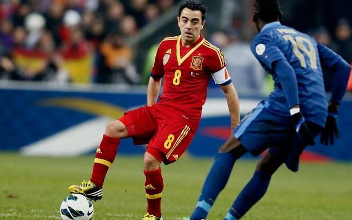 Xavi Hernández praises Valdés and Cesc