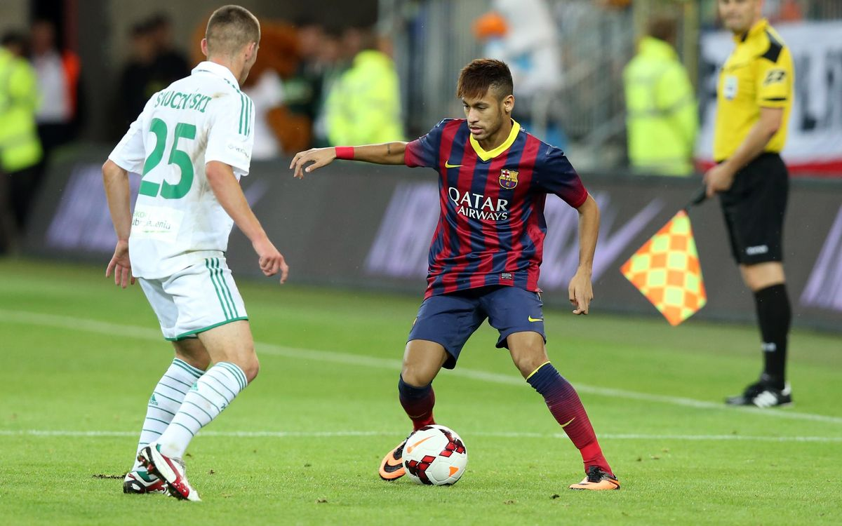 Neymar plays his first 15 minutes as a Blaugrana