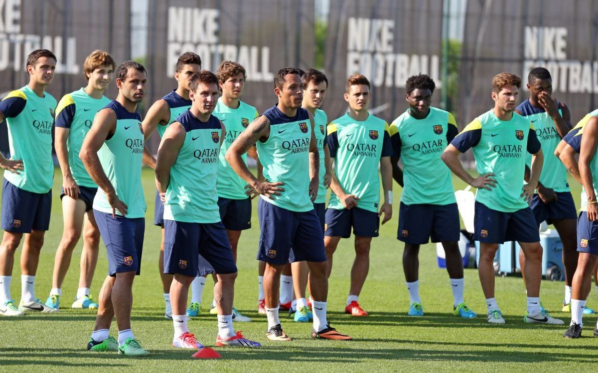 Barça train with 23 players