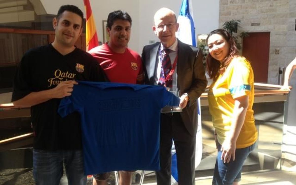 Jordi Cardoner meets president of Tel Aviv supporters club