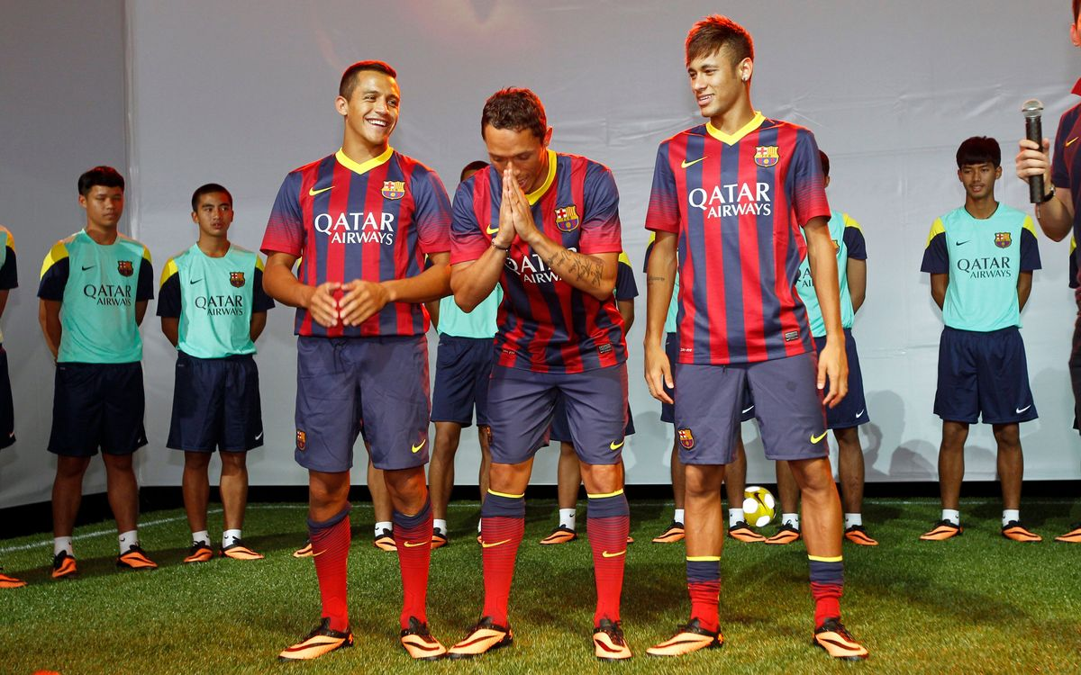 Video: FC Barcelona's second day of the 2013 Asia Tour