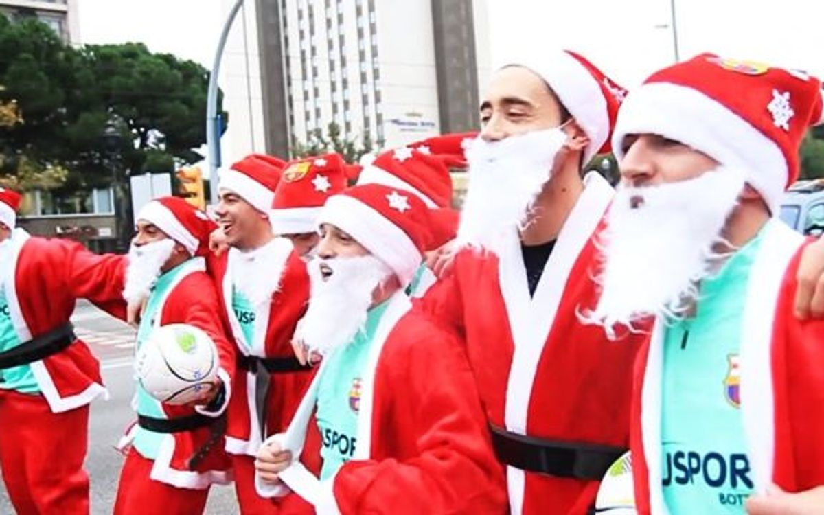 The futsal players dress up as Santa Clause