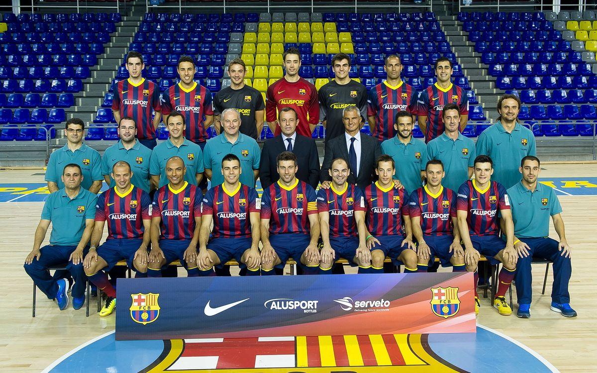 El Barça Alusport es fa la fotografia oficial amb el president Rosell
