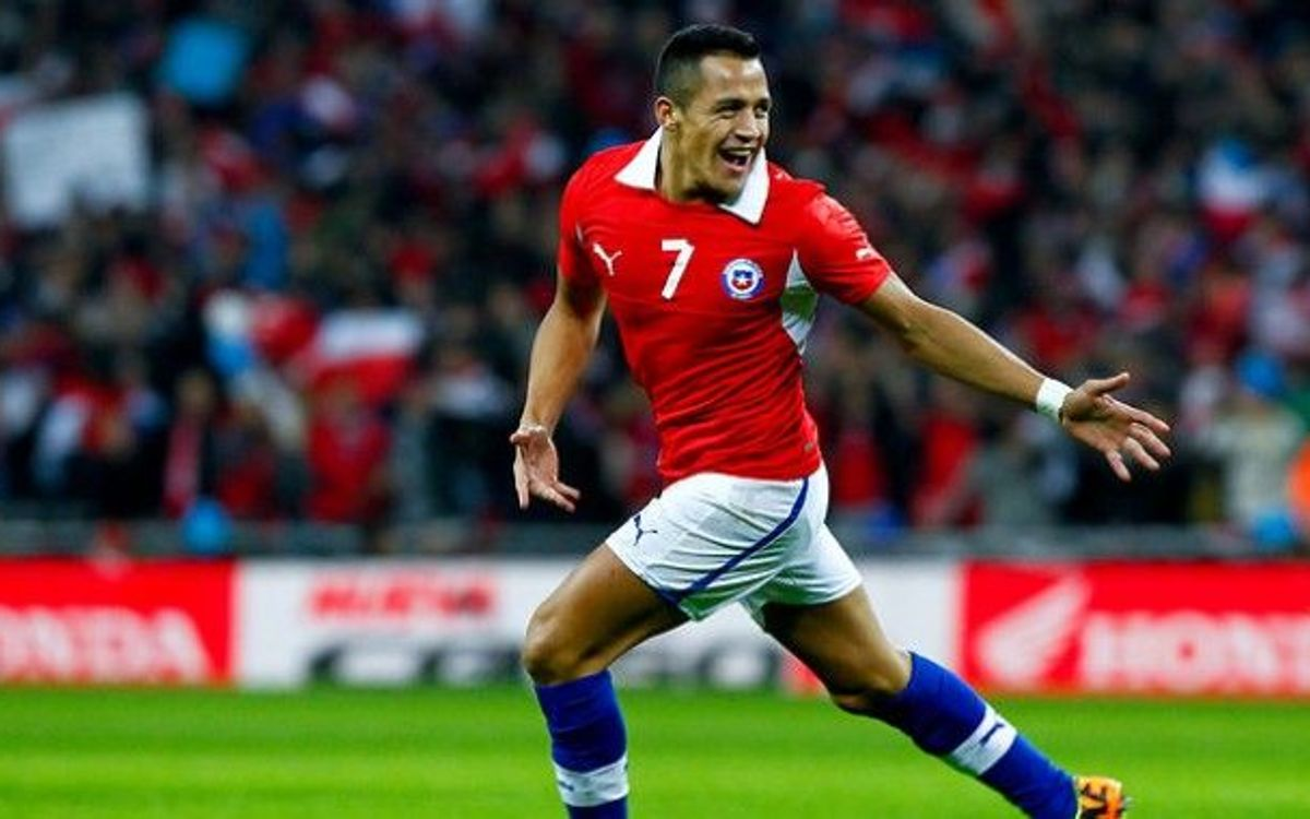 Alexis gets double at Wembley