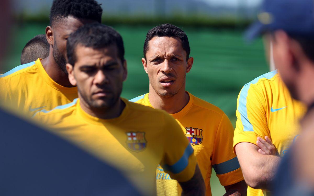 Adriano et Alves avec le groupe