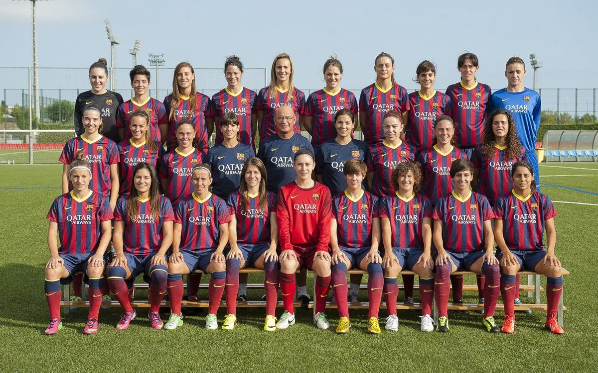 FC Barcelona Women's team pose for official team picture