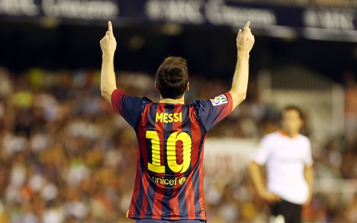 Leo Messi scores his 23rd league hat trick for Barça