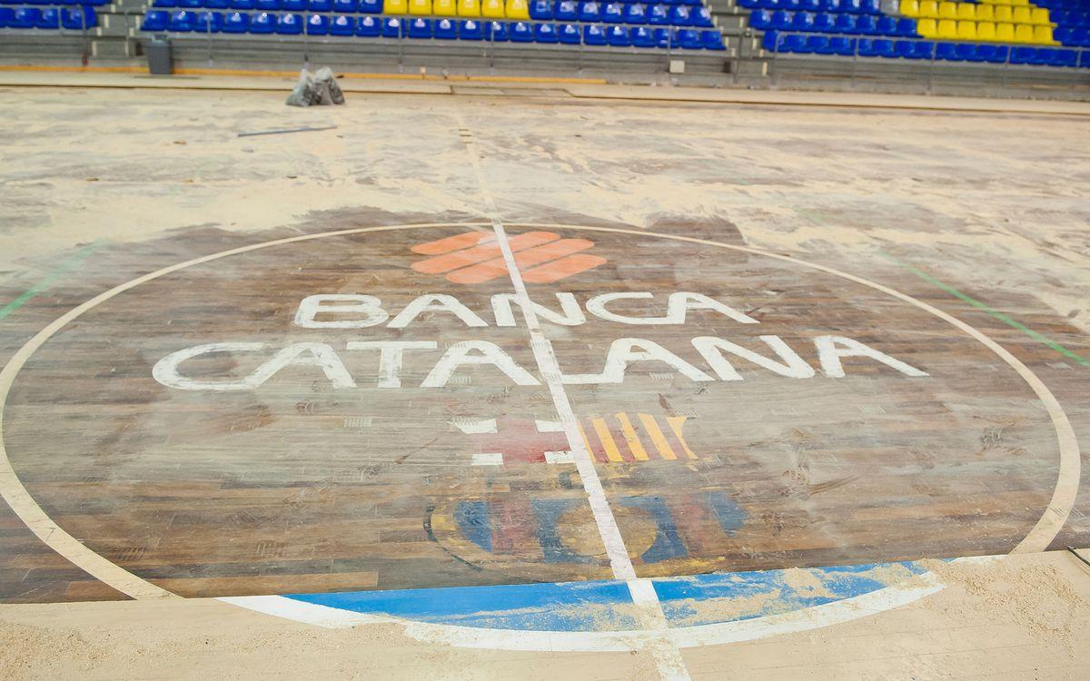 El canvi de parquet del Palau Blaugrana, en marxa