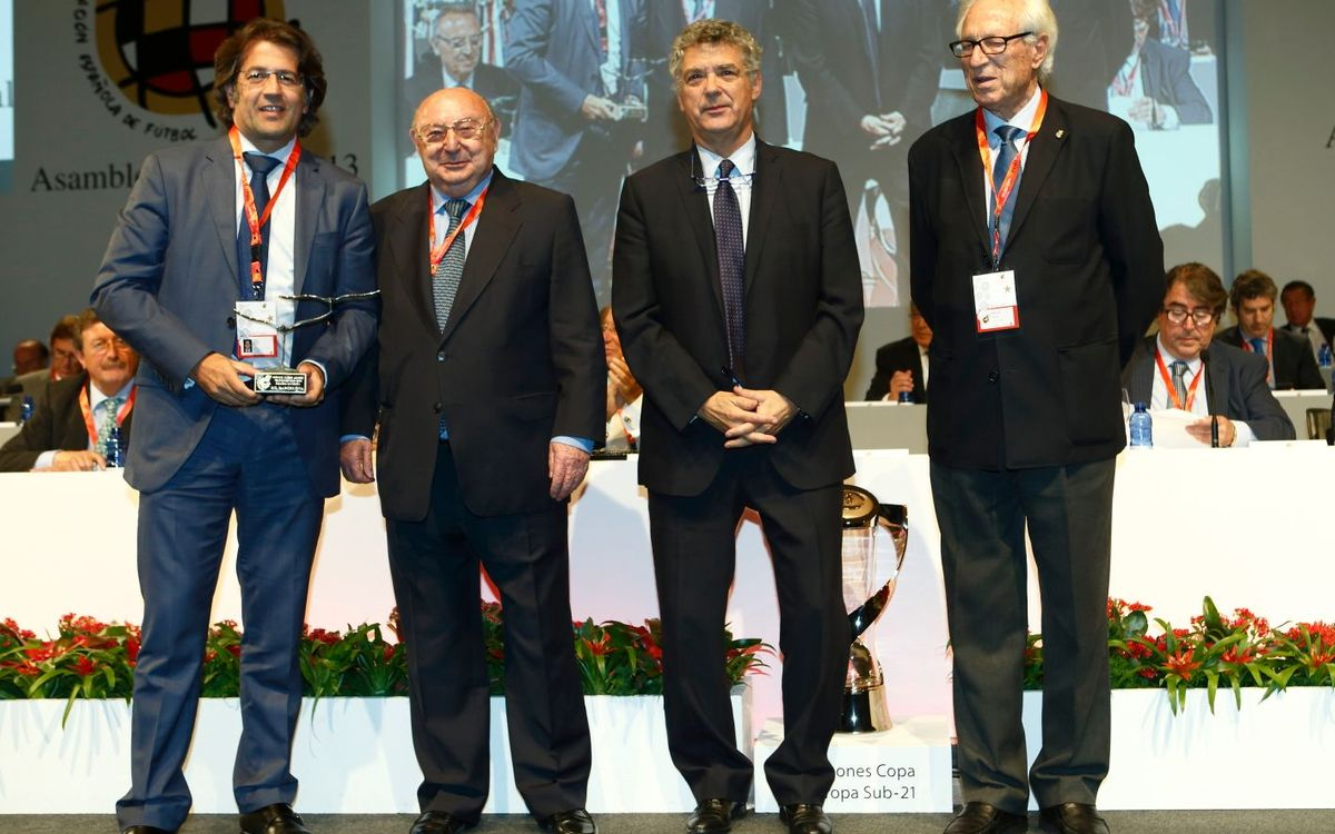 FC Barcelona receive Fair Play Award for third year running
