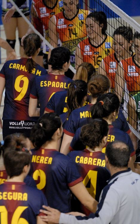 El vòlei femení blaugrana cau davant el campió de la Supercopa (3-0)