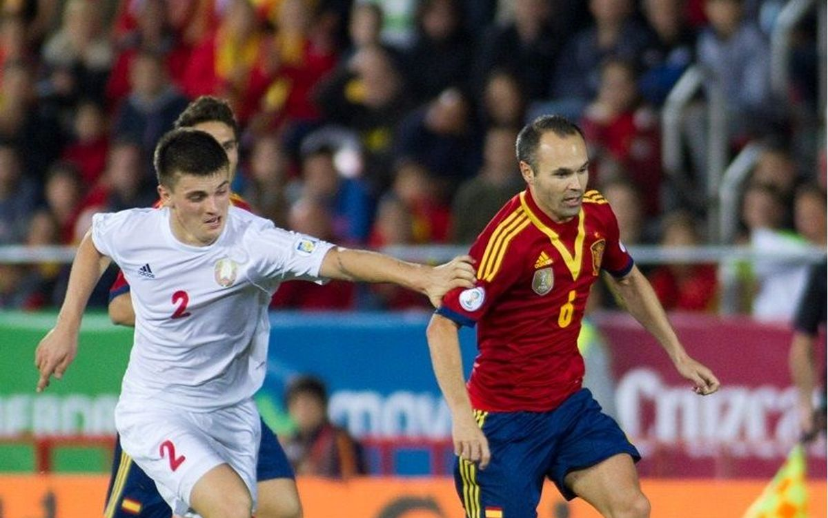 Spain and Chile both in need of just one point to qualify for Brazil 2014