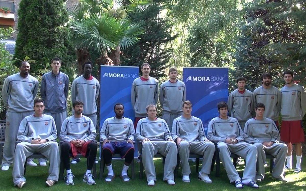 El FC Barcelona de bàsquet rep la visita d'uns nens del CB Andorra en un acte de Mora Banc