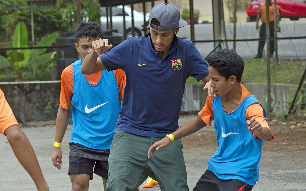 Neymar makes Syafiq's dream come true