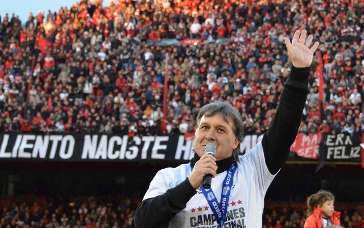 Gerardo 'Tata' Martino: Amoureux du football d'attaque, héros de Newells et du Paraguay