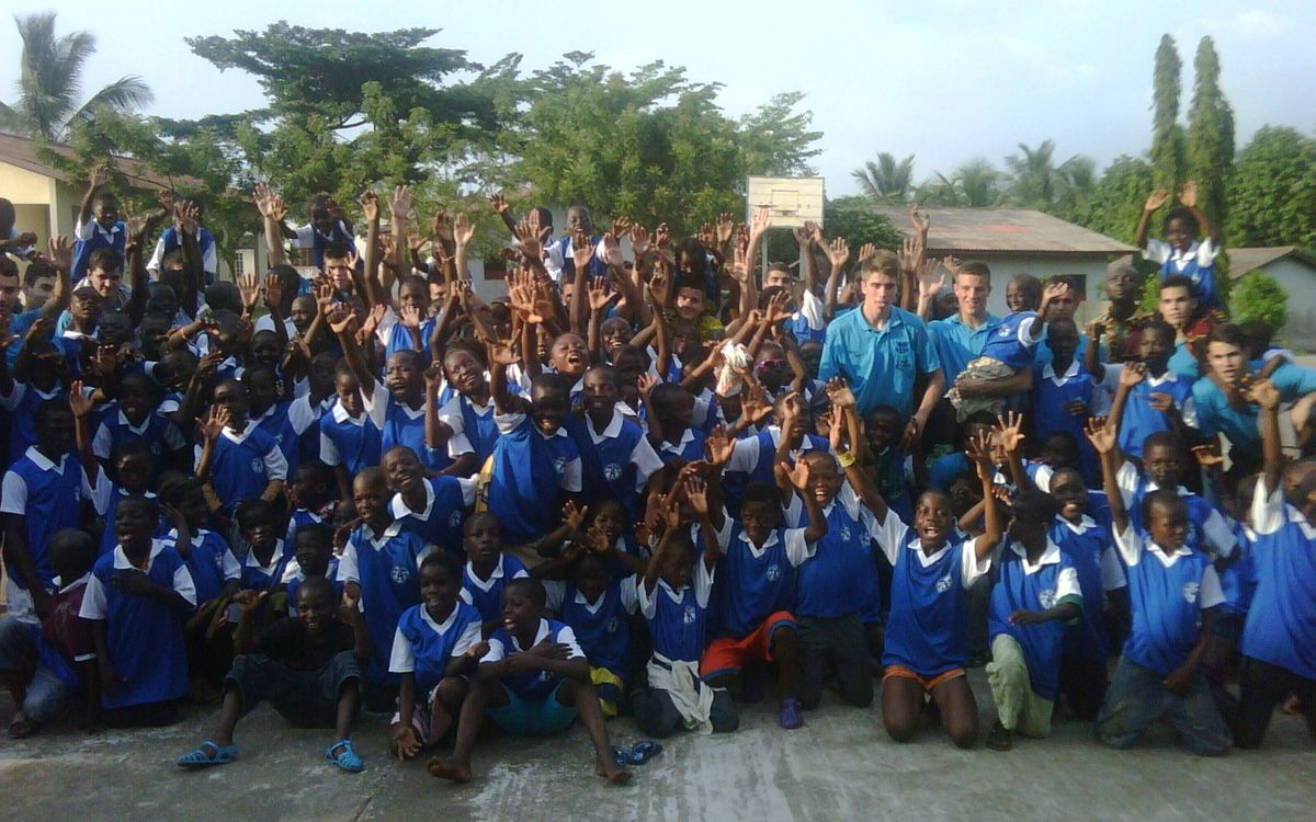 Somriures blaugrana a l'Àfrica