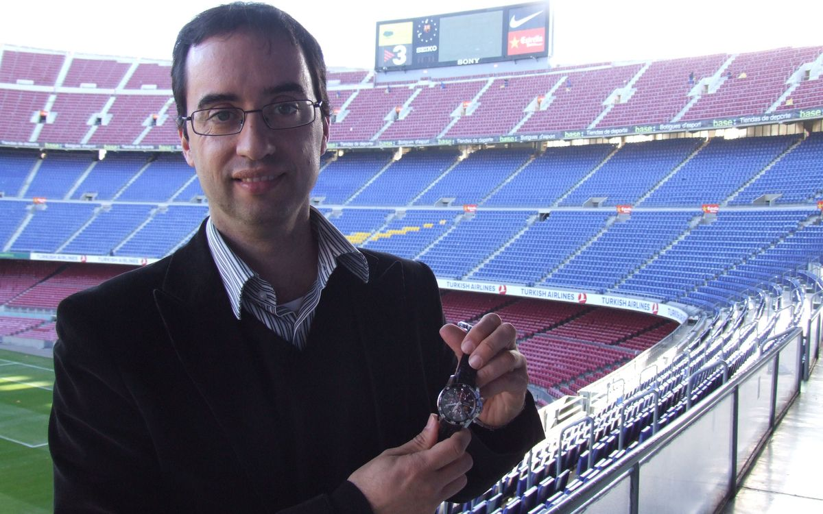 El soci Guillem Perea, guanyador de l'Sportura Seiko, el rellotge oficial del Barça