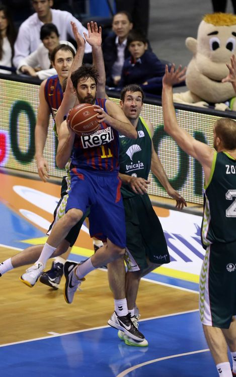 Unicaja v FCB Regal: Painful defeat in Malaga (71-69)