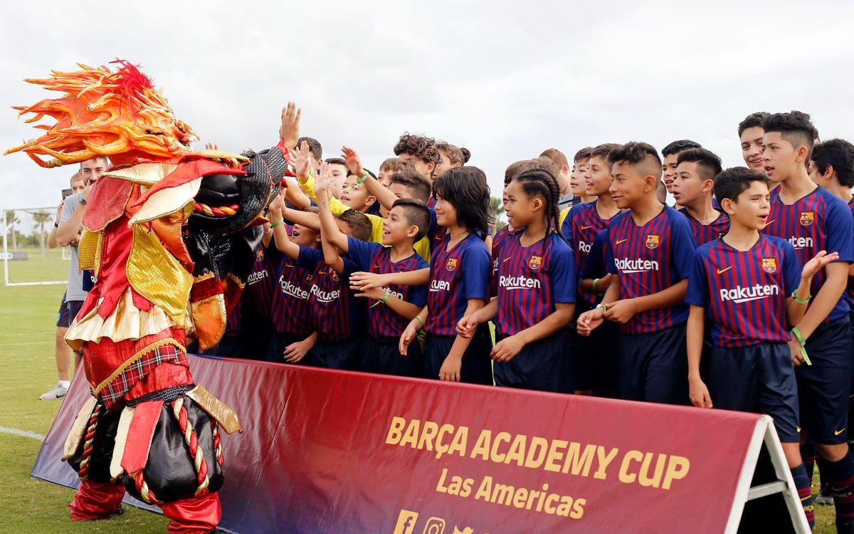 El balón ya rueda en el torneo Barça Academy Las Américas Cup en Cap Cana