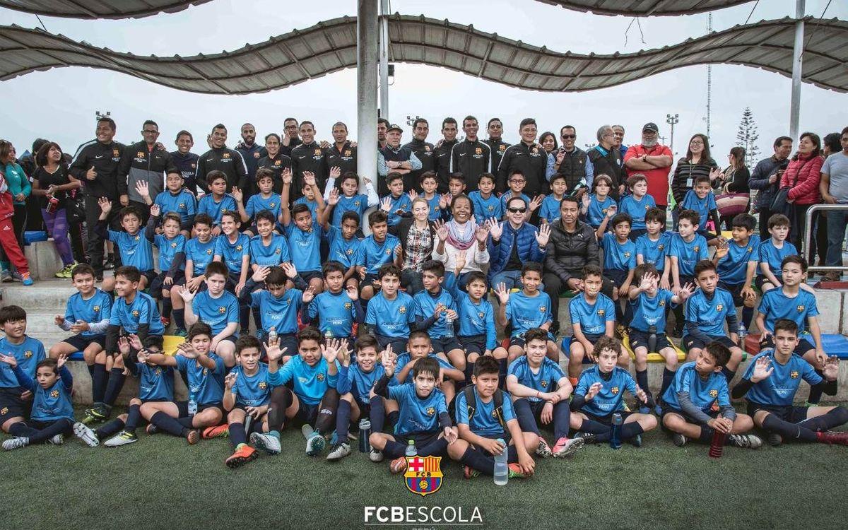 Nolberto Solano, special guest at FCBEscola Peru