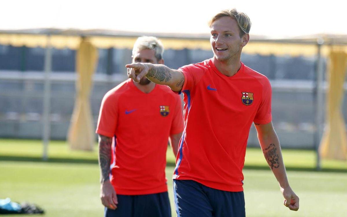 Penúltimo entrenamiento antes del debut oficial del Barça 2016/17