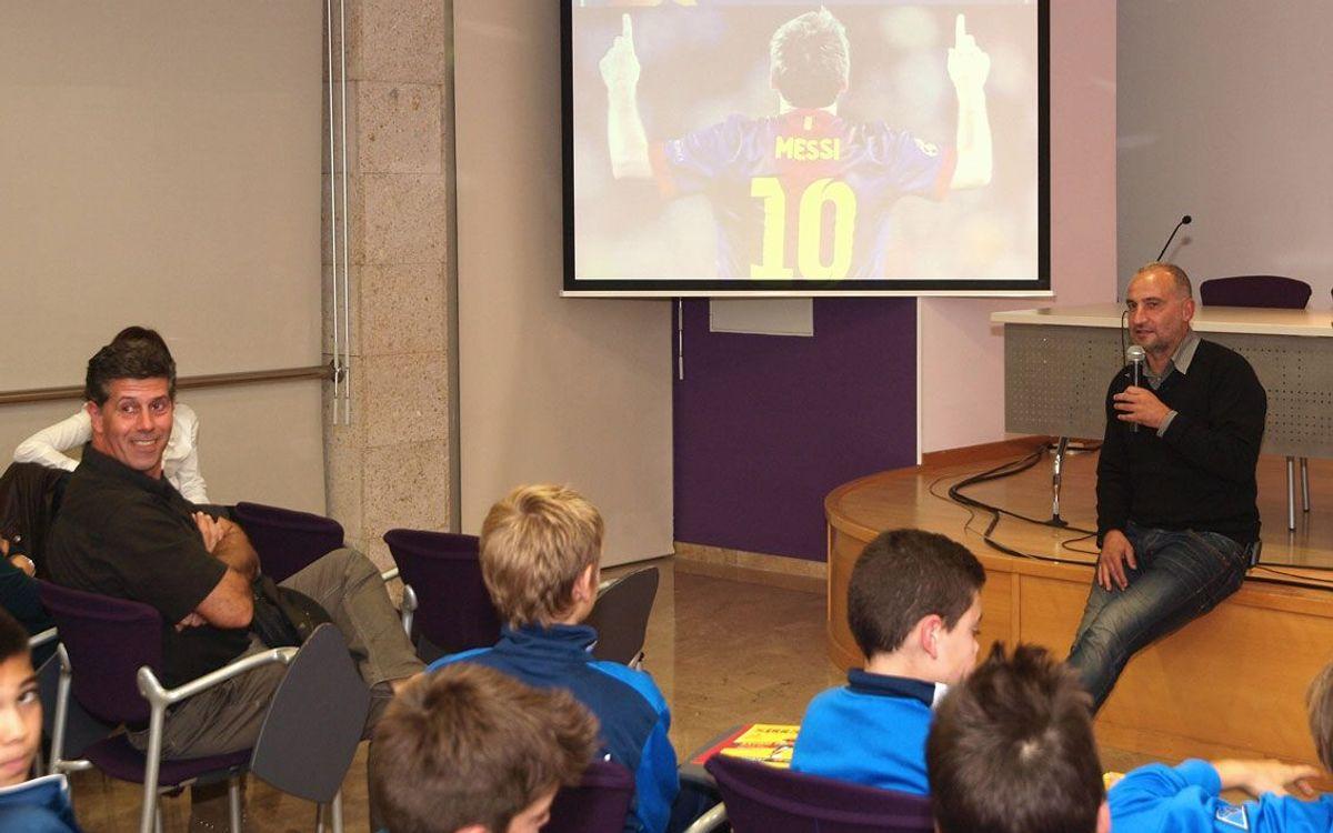 Antoni Pinilla parla a Cambrils d'esforç, errors i compromís amb joves esportistes