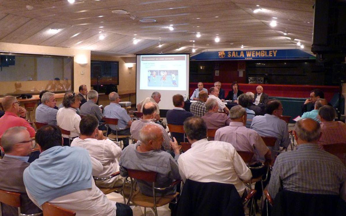 L'Àrea Esportiva celebra una reunió informativa per als socis
