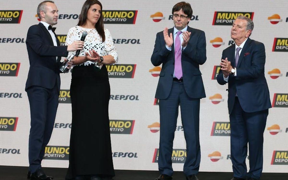 Iniesta, Piqué i Ronaldinho, premiats a la Gran Gala Mundo Deportivo