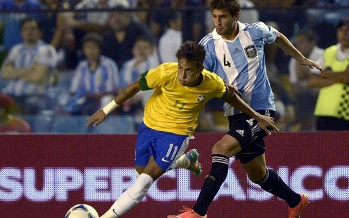 Neymar Jr, Alves y Mascherano preparados para el Argentina - Brasil