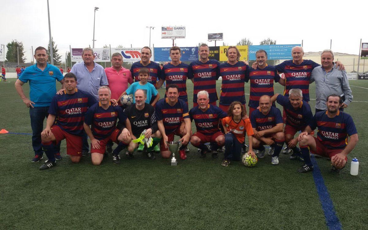 L'equip de l'Agrupació Barça Jugadors s'enfronta al conjunt de Veterans de la UE Cornellà
