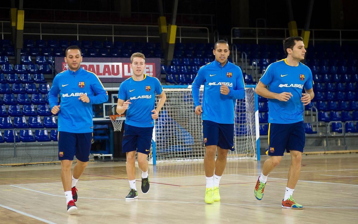 Entrenamiento para preparar el partido con Ribera Navarra