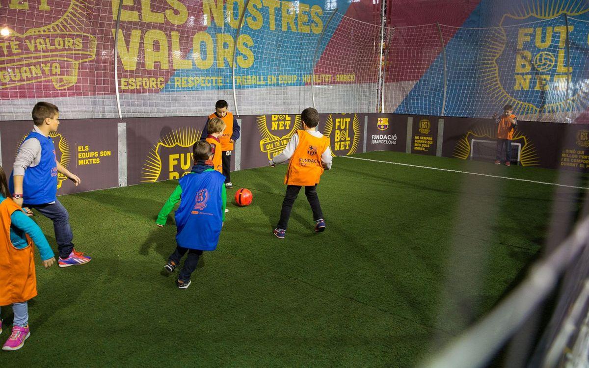 La Fundació porta el projecte 'FutbolNet' al Saló de la Infància