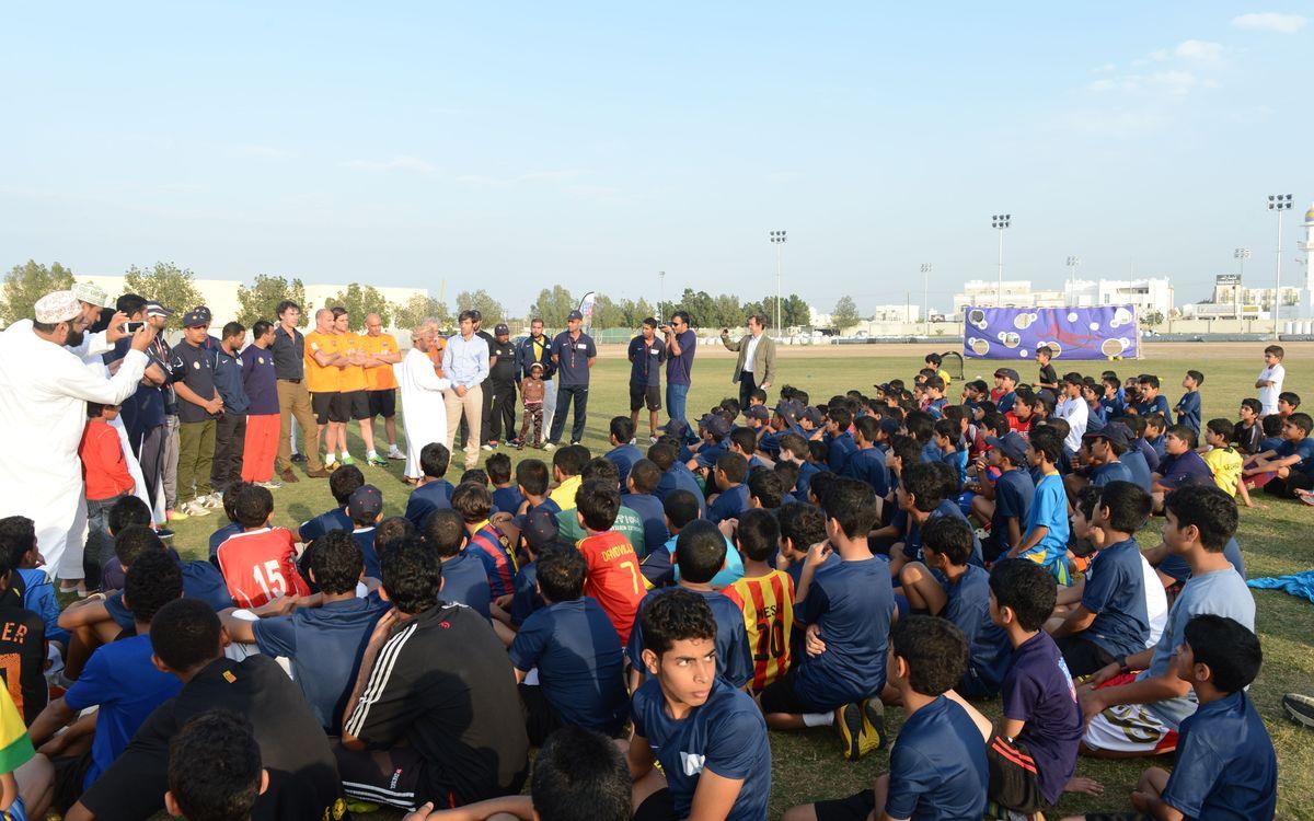 Veterans visit 'FutbolNet' in Oman