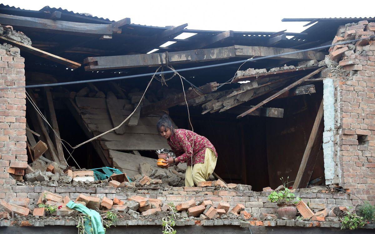 Crida per fomentar l'ajuda a favor dels damnificats pel terratrèmol del Nepal