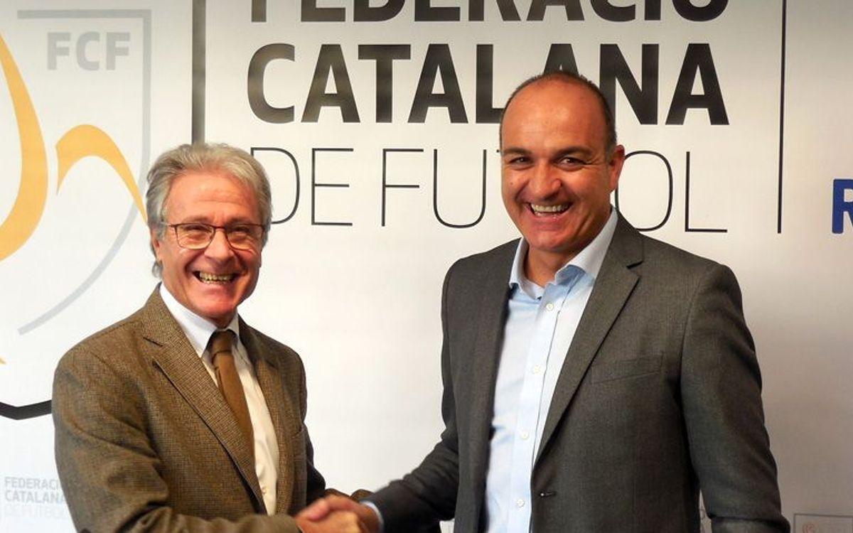 Nous acords per millorar la formació i la inserció laboral dels exjugadors del FC Barcelona