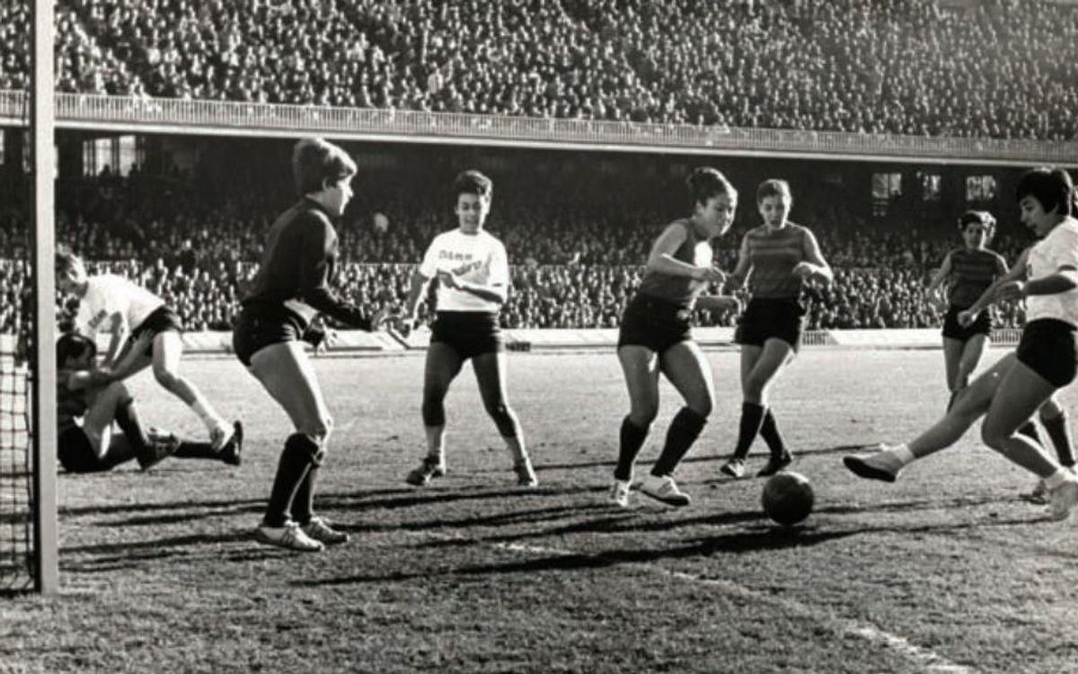 Les pioneres del futbol femení al Barça