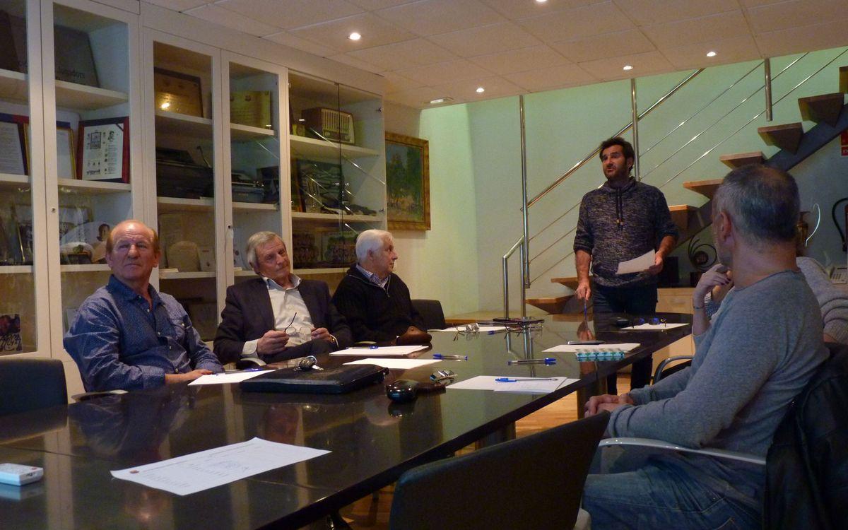 L'Agrupació Barça Jugadors impulsa un curs per millorar l'oratòria dels exjugadors