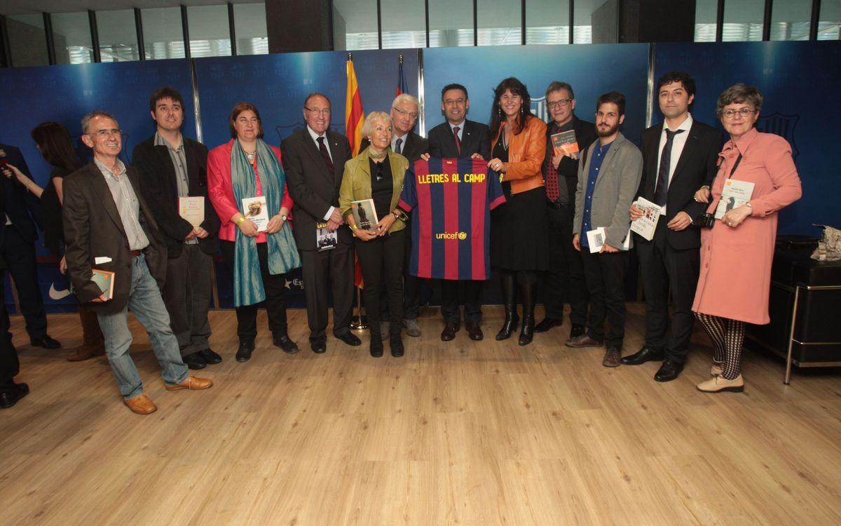 Forment de la lectura en català amb 'Lletres, al camp!'