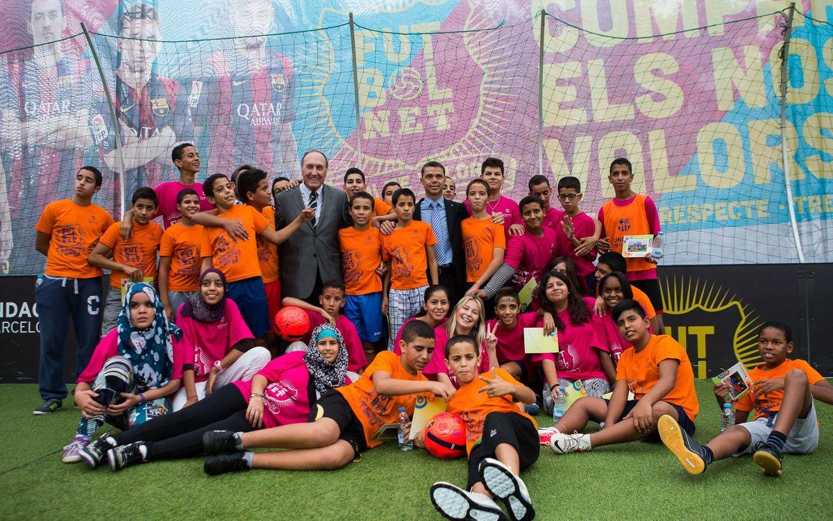 Visita institucional a l'estand de 'FutbolNet' per les festes de la Mercè