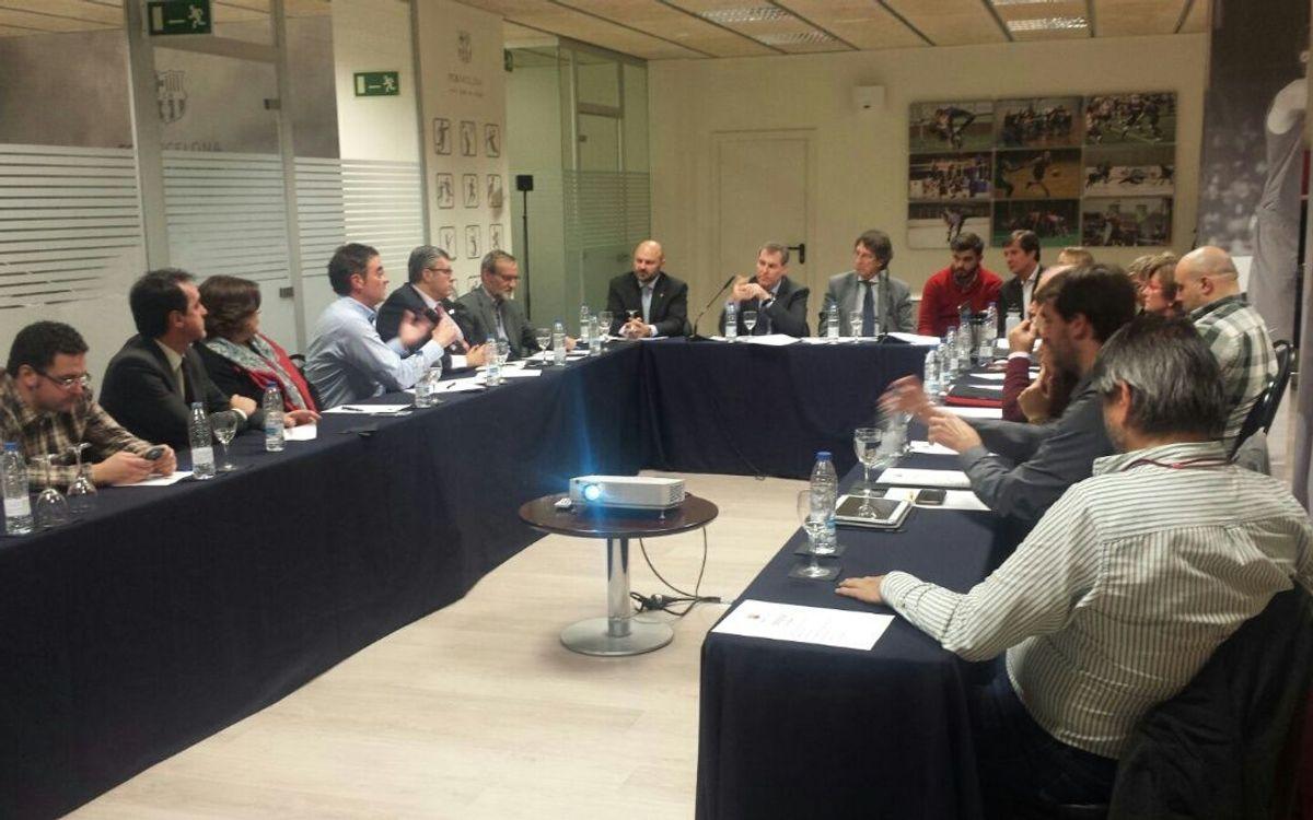 Primera reunión de la Mesa de Asesores de la OAE