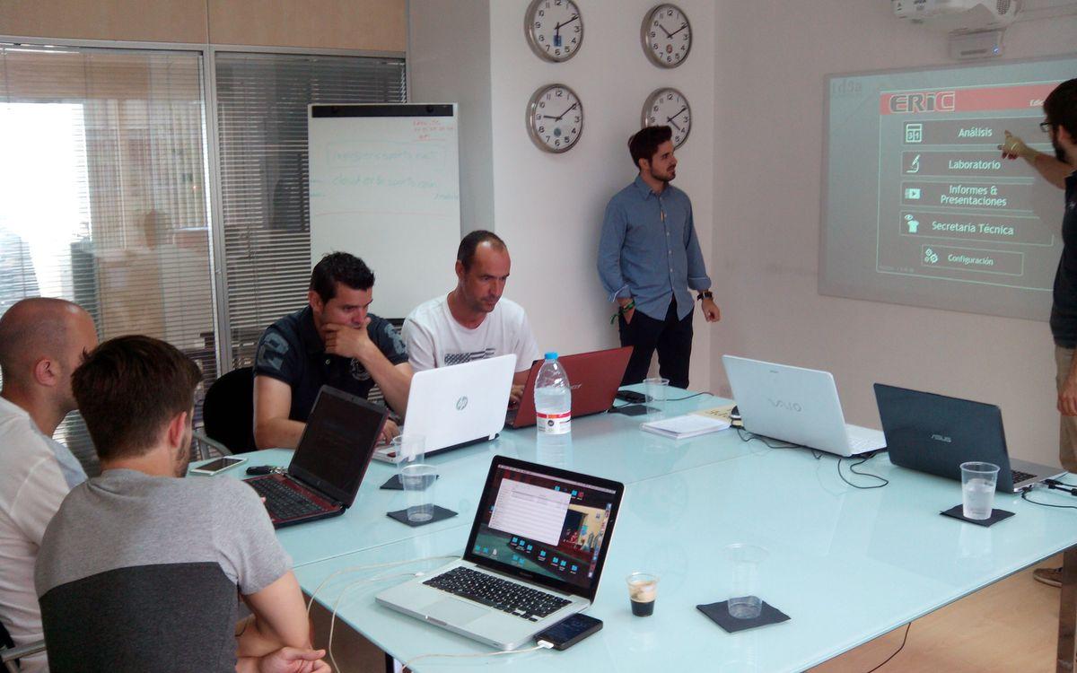 Quatre integrants de l'Agrupació participen en un curs de vídeo-anàlisi i scouting