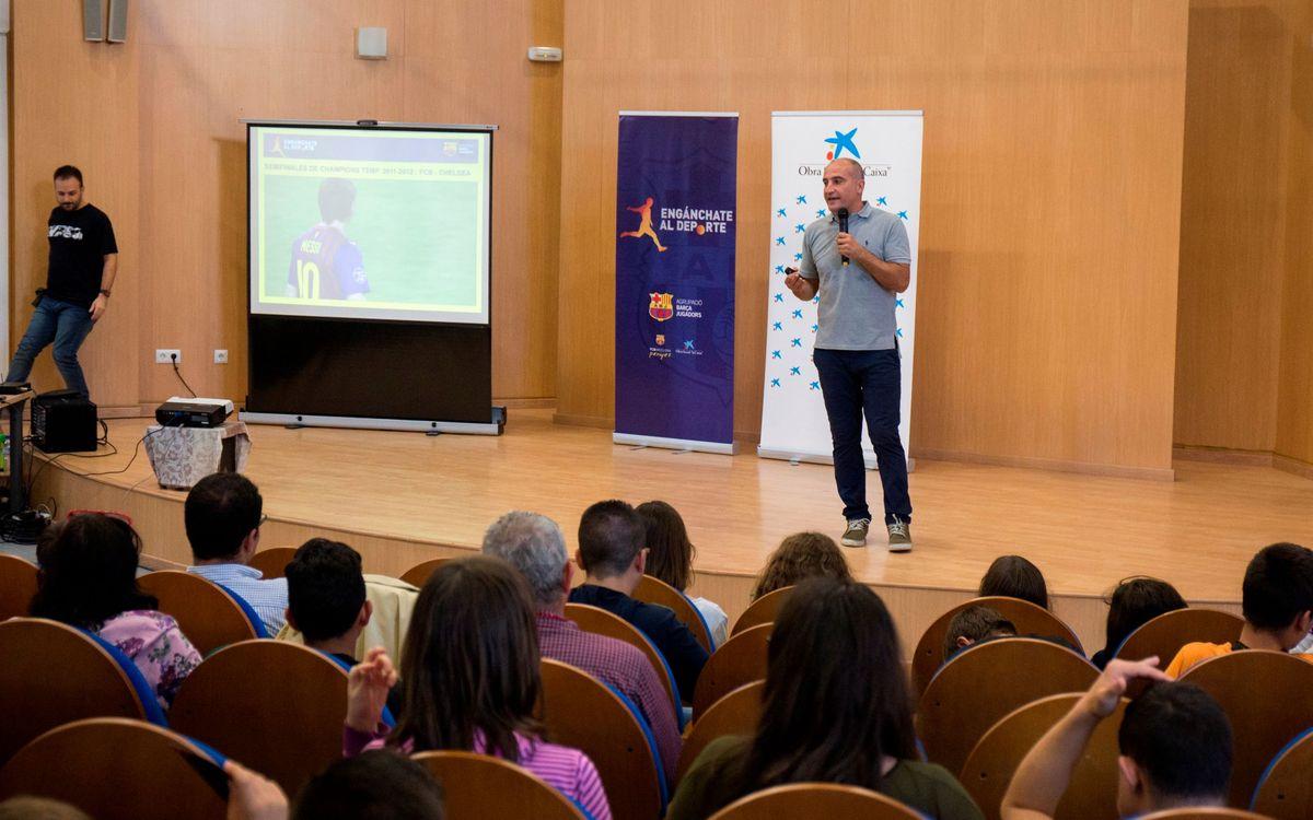 L'Agrupació tanca l'Enganxa't a l'esport a Huelva amb Antoni Pinilla i 100 nens