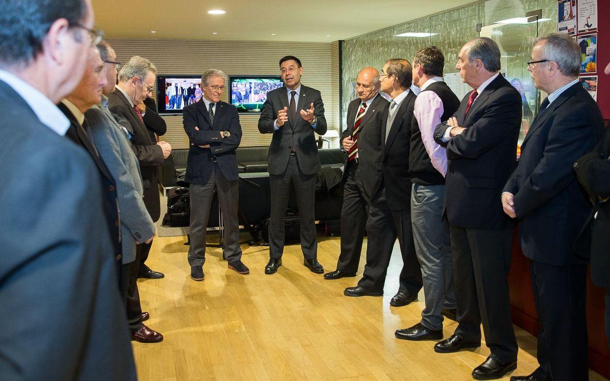 Reunió de la nova junta amb el president del FC Barcelona